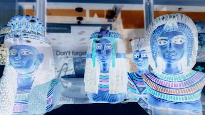 Photo of Egyptian statue figures