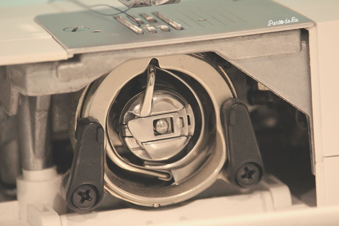 Máquina de coser, partes y funciones principales - Portacanilla