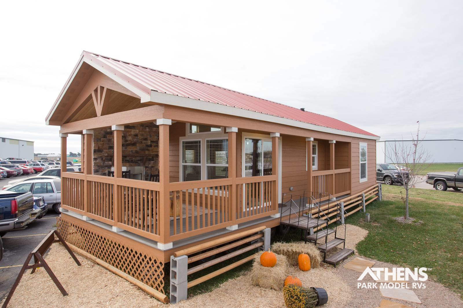 TINY HOUSE TOWN The Mountain Park 391 Sq Ft