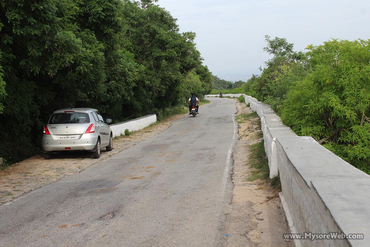 Nandhi Road, Chamundi Hills