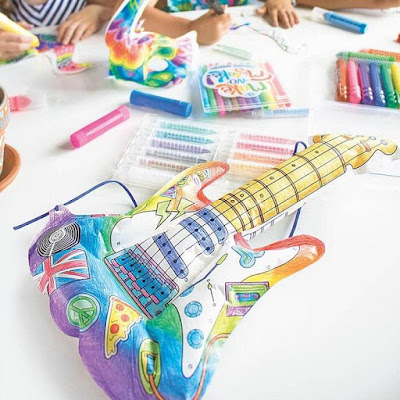 Rockin' Guitar 3D Inflatable Colorables