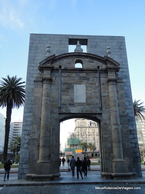 Puerta de la Ciudadela - Montevidéu, Uruguai