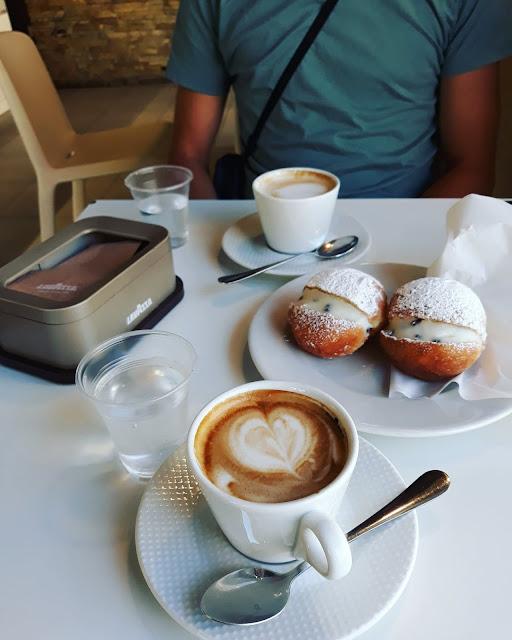 włoskie śniadanie, lavazza, kawa