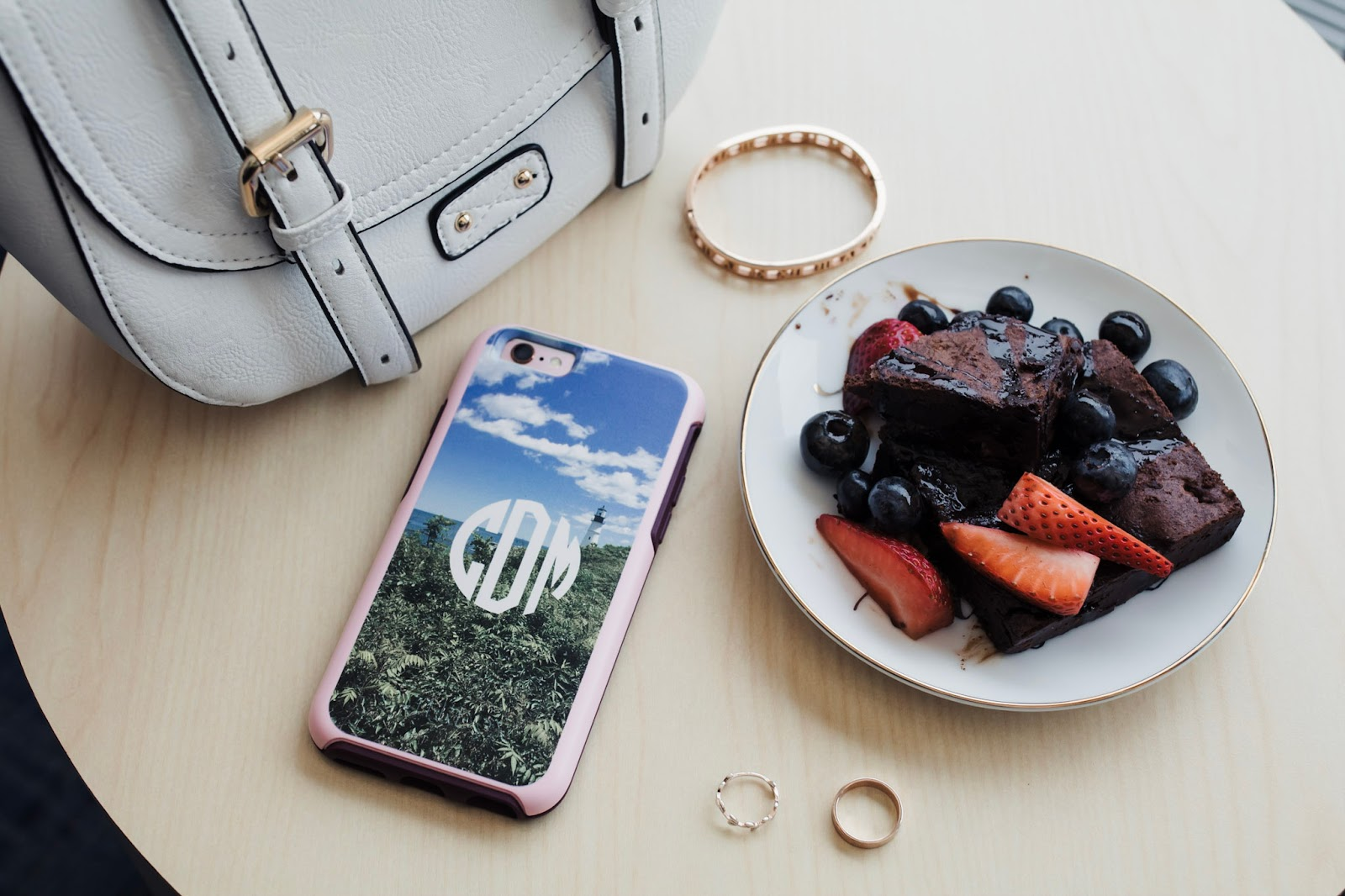 Otterbox-with-Picture-from-Boutique-Me