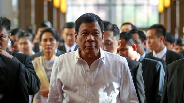 "Palace: Duterte wants to ""speak to the nation"" on Tuesday"