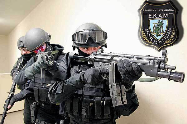 Συνελήφθη ο δραπέτης που είχε δολοφονήσει δύο αστυνομικούς έξω από τη ΓΑΔΑ