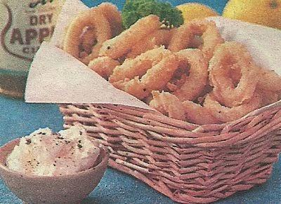 Состав продуктов и способ приготовления хрустящих колечек кальмаров