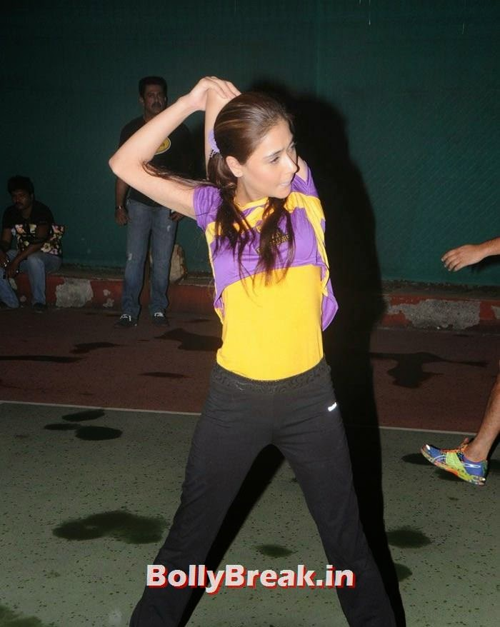 Sara Khan, Pics from BCL Team Rowdy Bangalore Practice Match