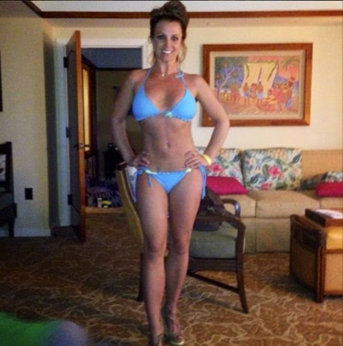Britney Spears proudly showing her dream Body