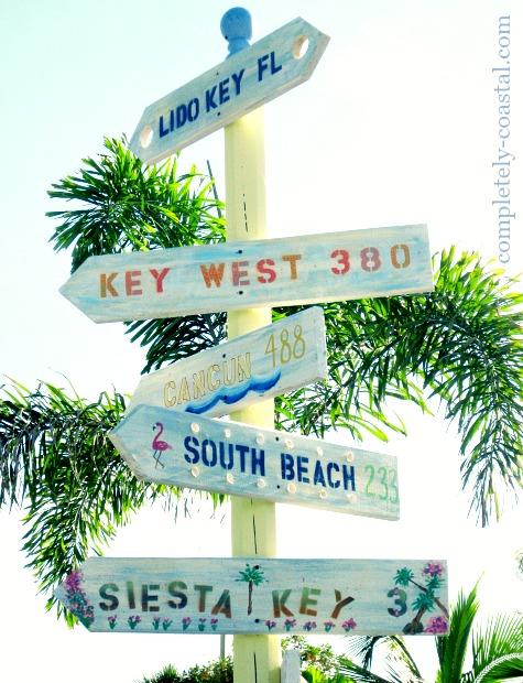 beach destination arrow signs