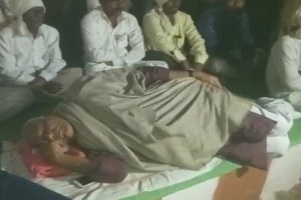 yashwant-sinha-threaten-to-burn-police-line-in-maharashtra-vidarbh