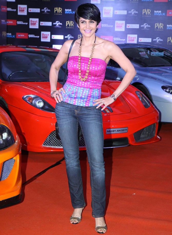Mandira bedi hot