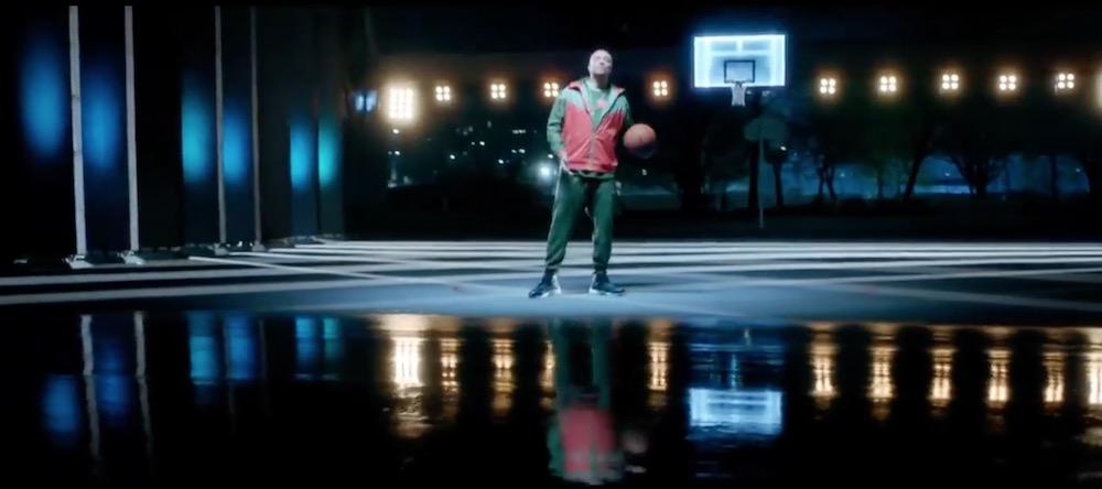 Cantante/Rapper NBA pubblicità con Gue Pequeno con Foto - Aprile 2017