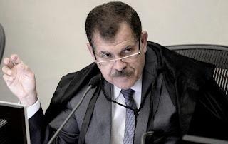 NOTÍCIA: STJ nega pedido para evitar prisão de Lula.
