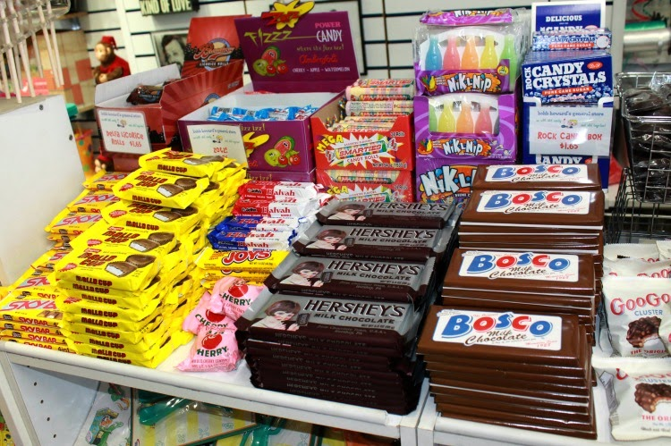 A Vintage Nerd, Vintage Blog, Bobb Howards General Store, Vintage New York, Retro Candy Store