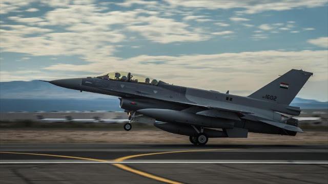 Cazas iraquíes bombardean campo de entrenamiento de EIIL