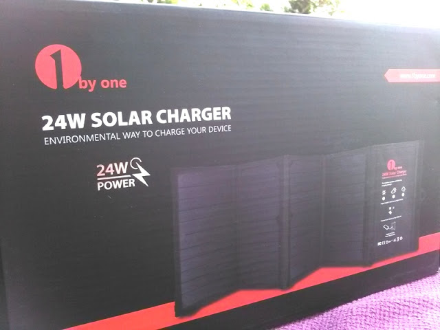 1Byone Folding Smartphone Usb Solar Charger Amongst Automatic Charging!