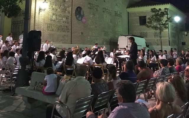 Musica en la calle, IMAGEN ILLESCAS COMUNIACIÓN