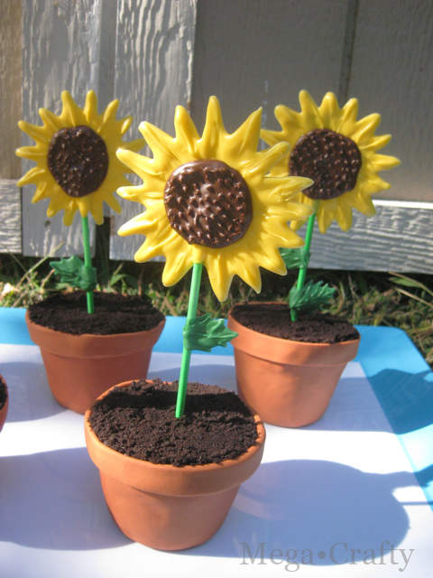 Mega Crafty Sunflower Cupcakes With Edible Flower Pots