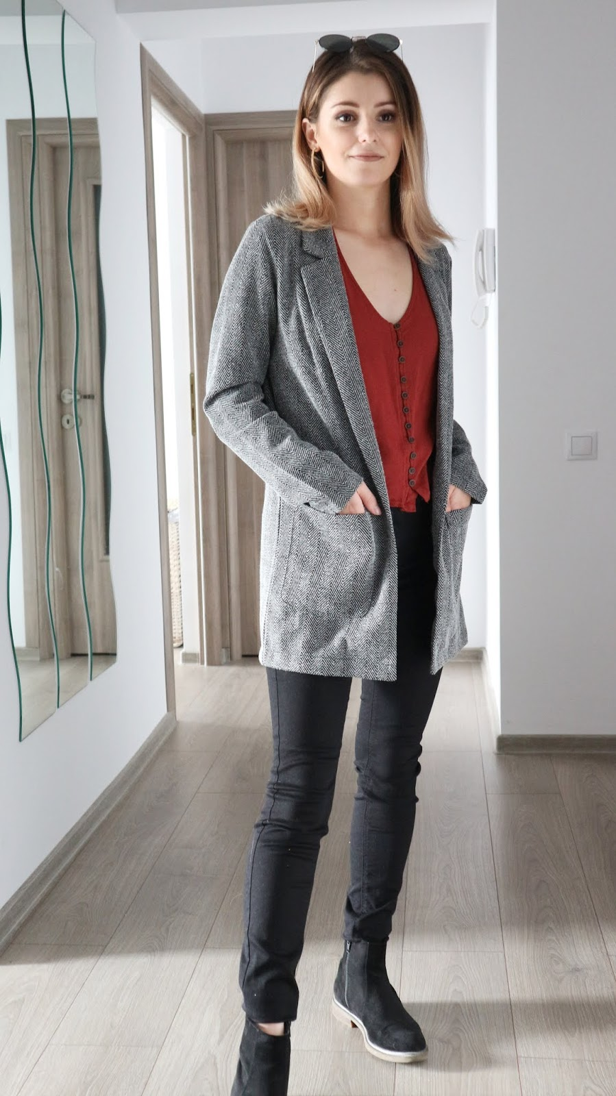 rusty blouse autumn outfit with textured blazer