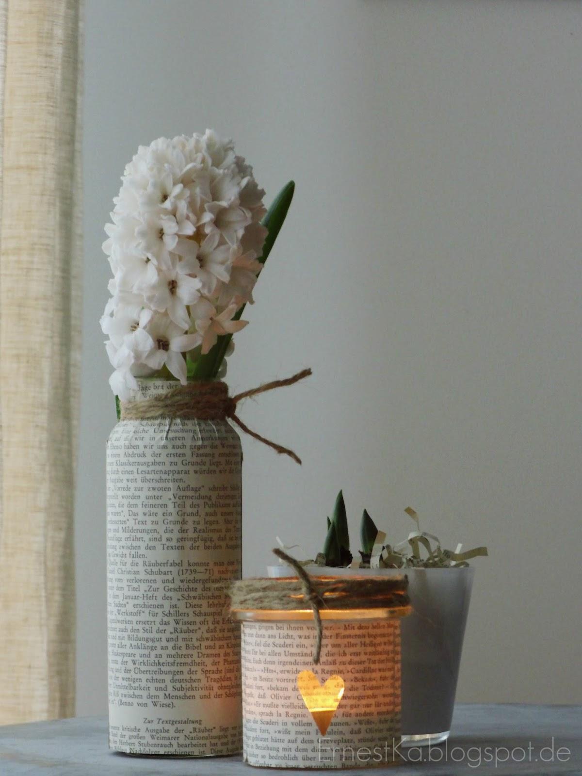ernestka schulliteratur als deko windlichter aus alten buchseiten. Black Bedroom Furniture Sets. Home Design Ideas
