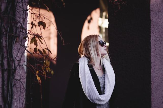 girl in scarves