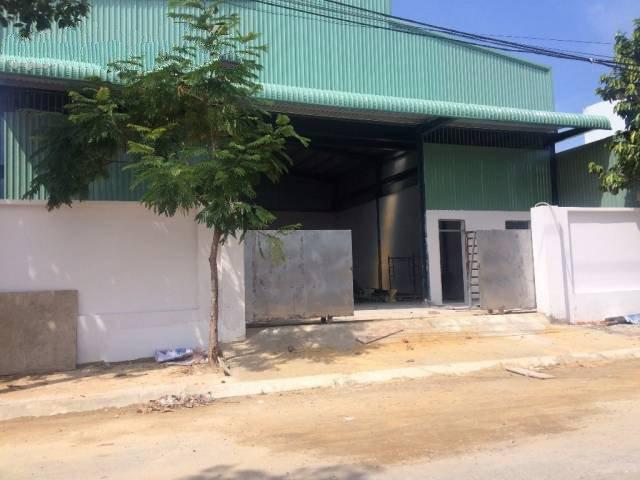 Cho thuê kho xưởng 1000m2 đường Hà Huy Giáp, phường Thạnh Xuân, Q12