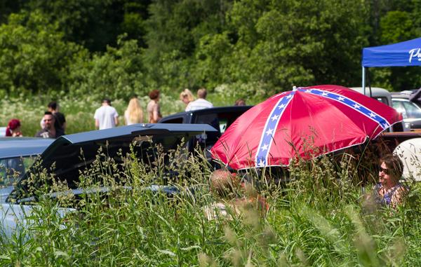 PauMau blogi nelkytplusbloggari nelkytplus nelkytplusblogit ruukki picnic 2015 ruotsinpyhtää strömforsin etekävaltion lippu soths gonna rise again