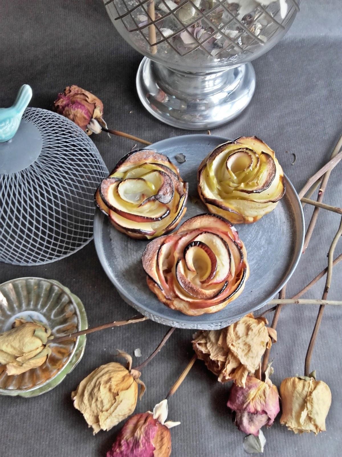 Rosas de hojaldre y manzana cocina de aprovechamiento for Cocina de aprovechamiento