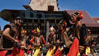 Upacara Adat Suku Nias