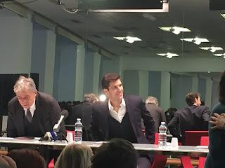 ? In conferenza stampa con Roberto Bolle