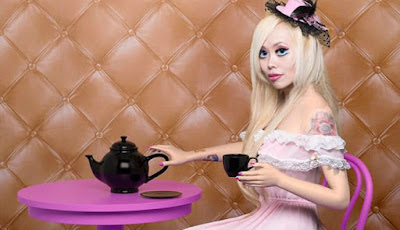 Obsesi wanita mirip dengan barbie