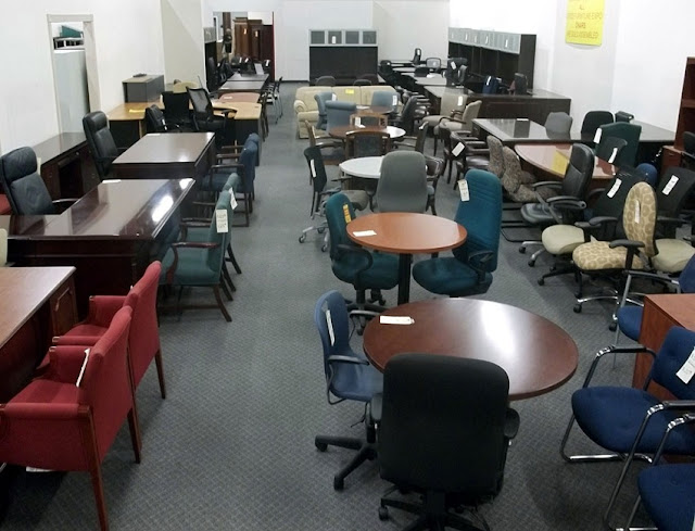 buying used office furniture Johor Bahru for sale discount