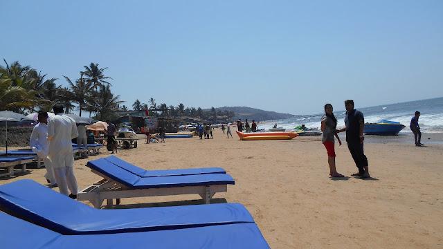 Пляж в Анжуне