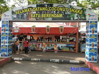Tempat Makan Best Sedap Melaka Coconut Shake Klebang Batu Berendam