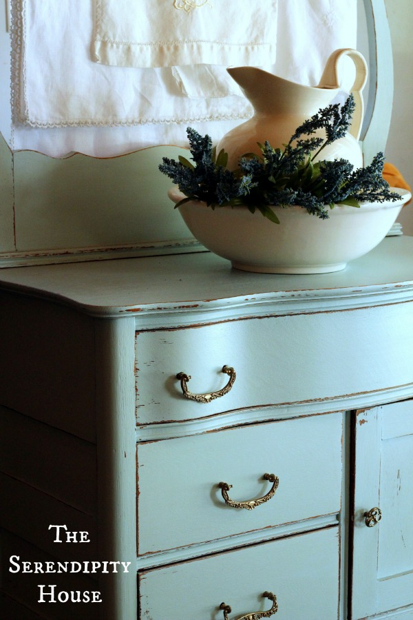 Cottage Instincts Antique Wash Stand And Dry Sink