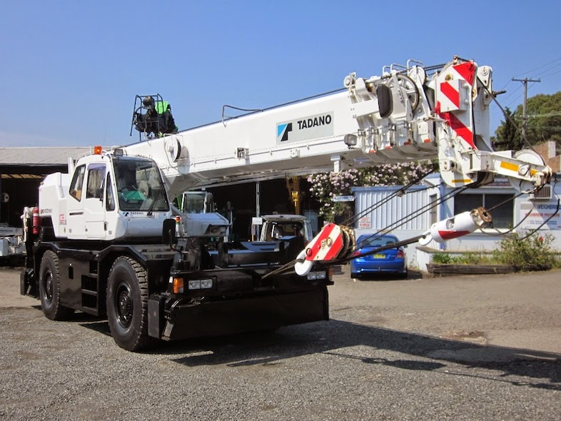 Cranepedia | Find the largest collection of crane load chart
