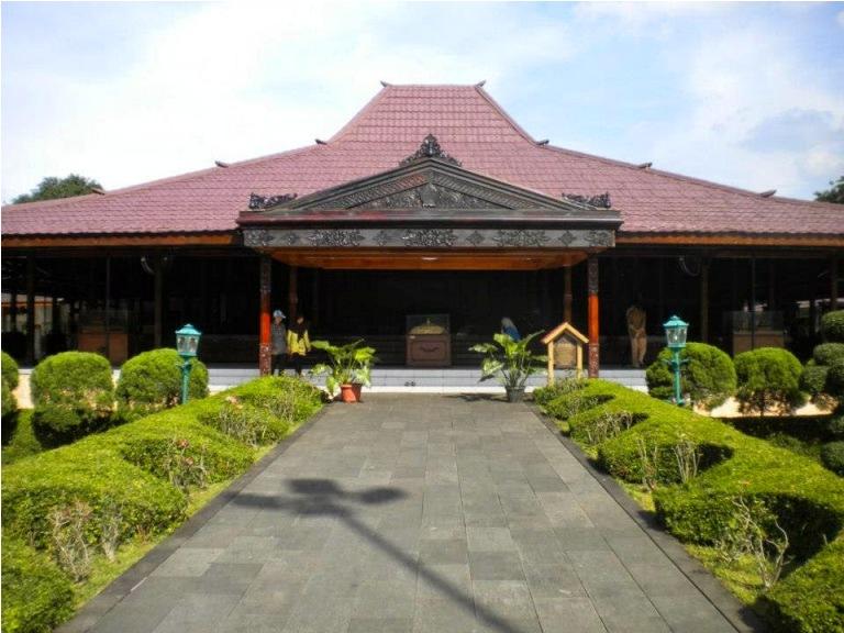 Gambar Rumah Adat Jawa Timur Beserta Penjelasan Dan Keterangannya
