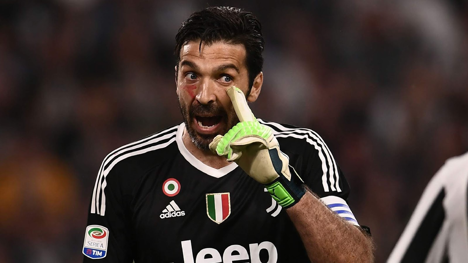 Polifocus Blog Juventus Goalie Buffon Banned Over Referee Comments Polifocus