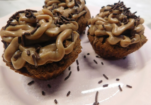 Schokobuttercreme, Schokocupcakes Vegan, Cupcakes Vegan, Schokocupcakes Schokotopping, Vegan Rezept Cupcakes