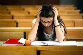 परीक्षा के दौरान रखें खाने का ध्यान