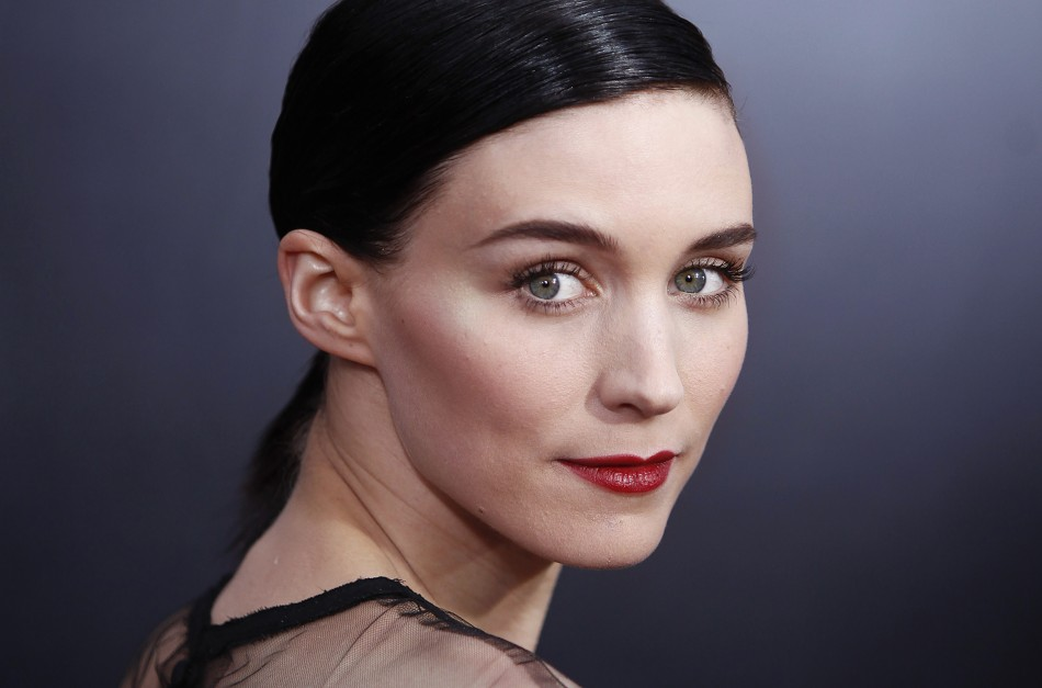 Mara: Hollywood: Rooney Mara Beautiful Actress Profile, Pictures