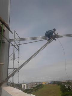 Kekurangan dan Kelebihan Buruh Bangunan... tidak perlu gengsi menjalaninya