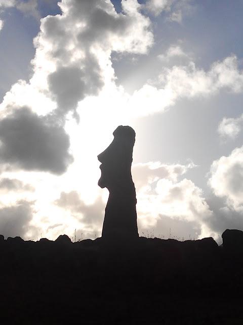 Moái viajero, Isla de Pascua