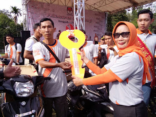 KPU Muara Enim Berikan 20 Unit Sepeda Motor Untuk PPS