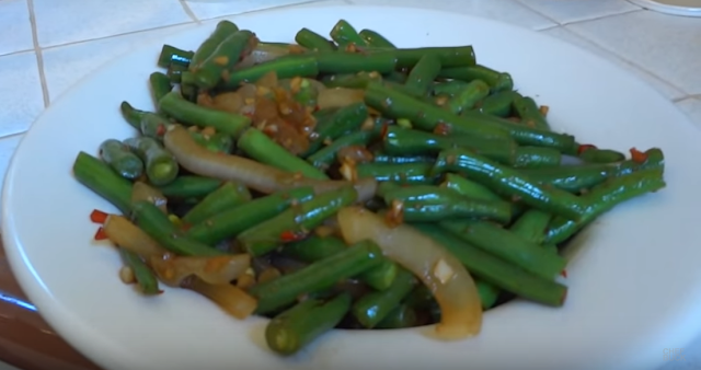 How to cook green beans the right way