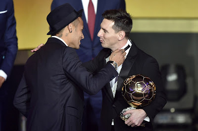 1e - Lionel Messi wins Ballon d'Or for fifth time - more pictures