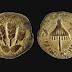Coleccionando monedas antiguas griegas, romanas y otras