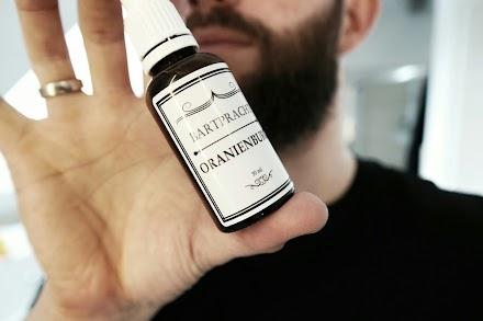 Gentlemen, der Bart wird gepflegt - Bartpracht im Atomlabor | Feine Öle für den Mann