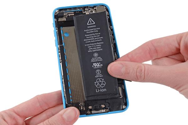 Thay pin iPhone 5C chính hãng